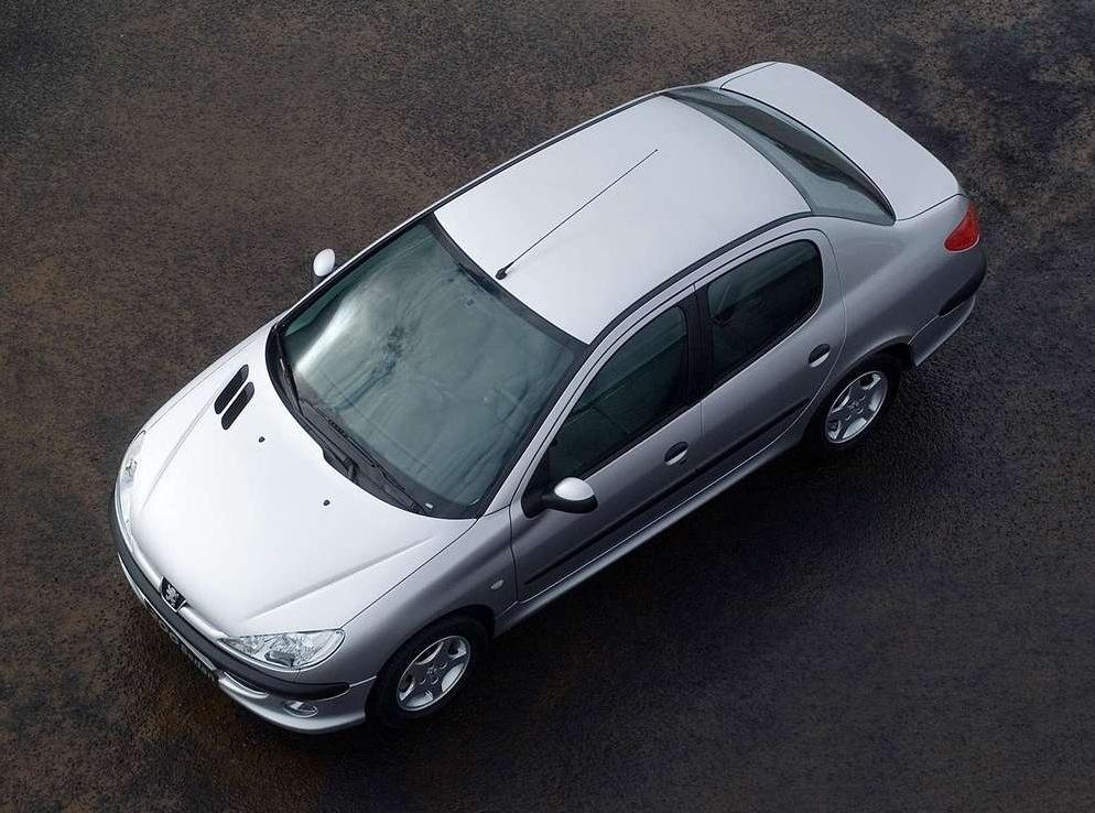 Снимки: Peugeot 206 Sedan