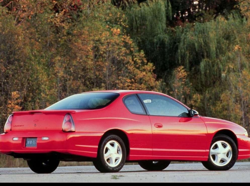 Снимки: Chevrolet Monte Carlo (W)