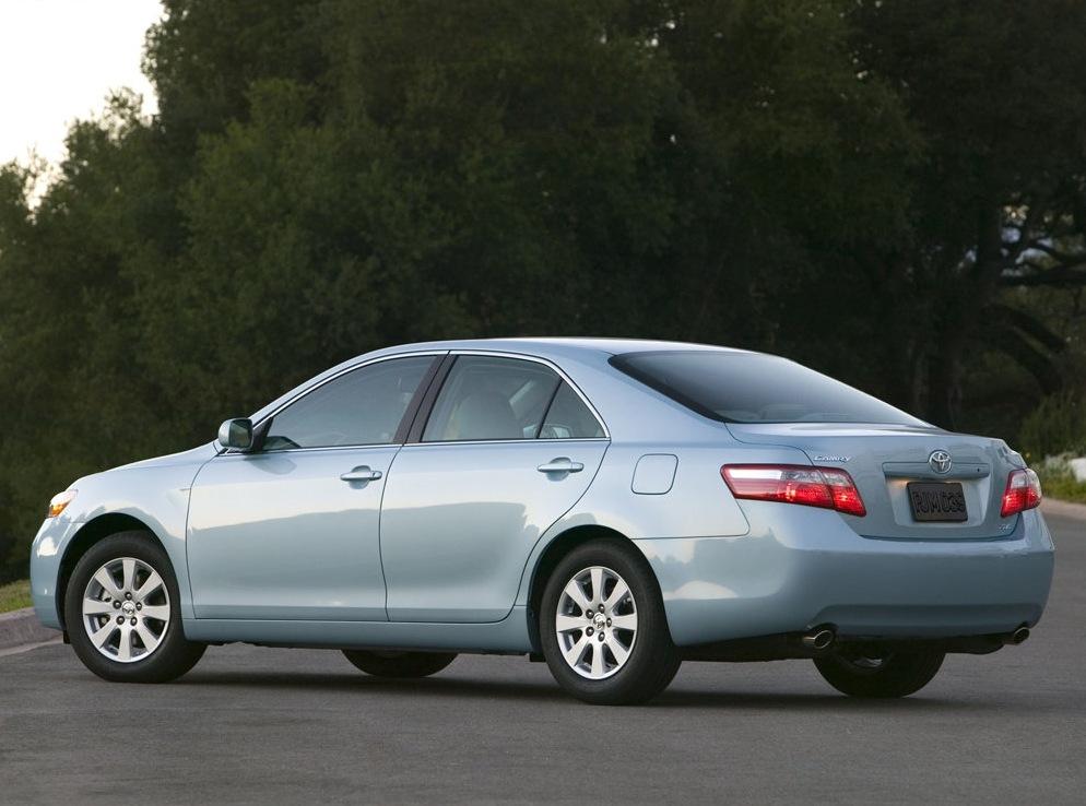 Снимки: Toyota Camry VI