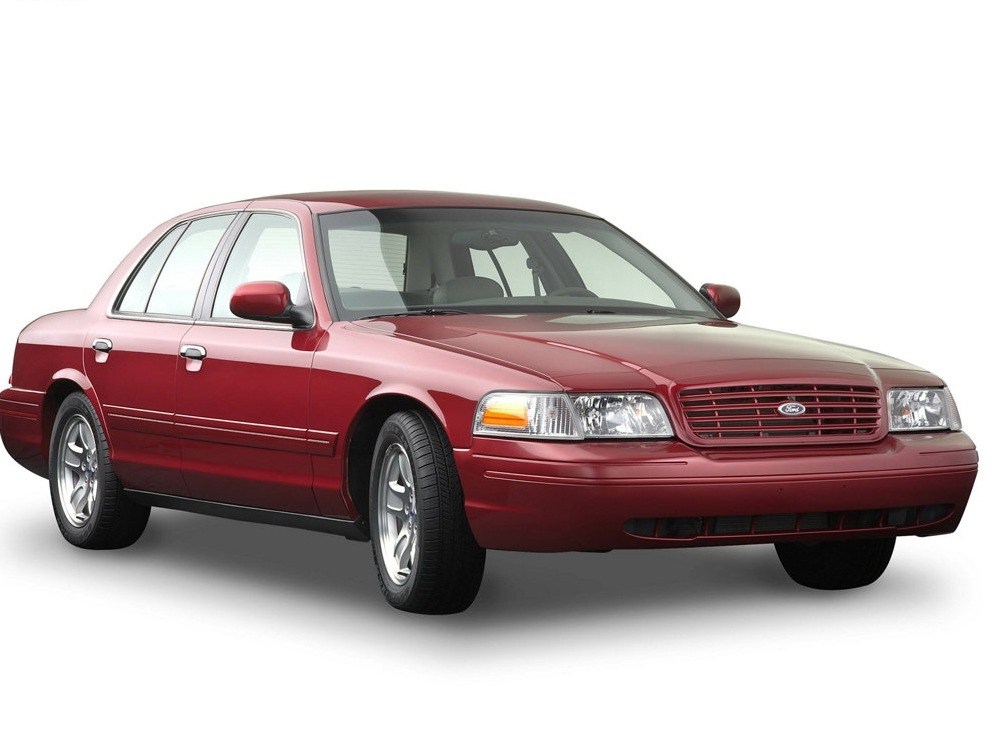 Снимки: Ford Crown Victoria (P7)