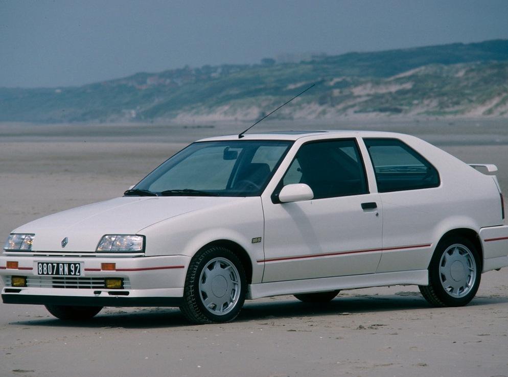 Снимки: Renault 19 I (B/C53)