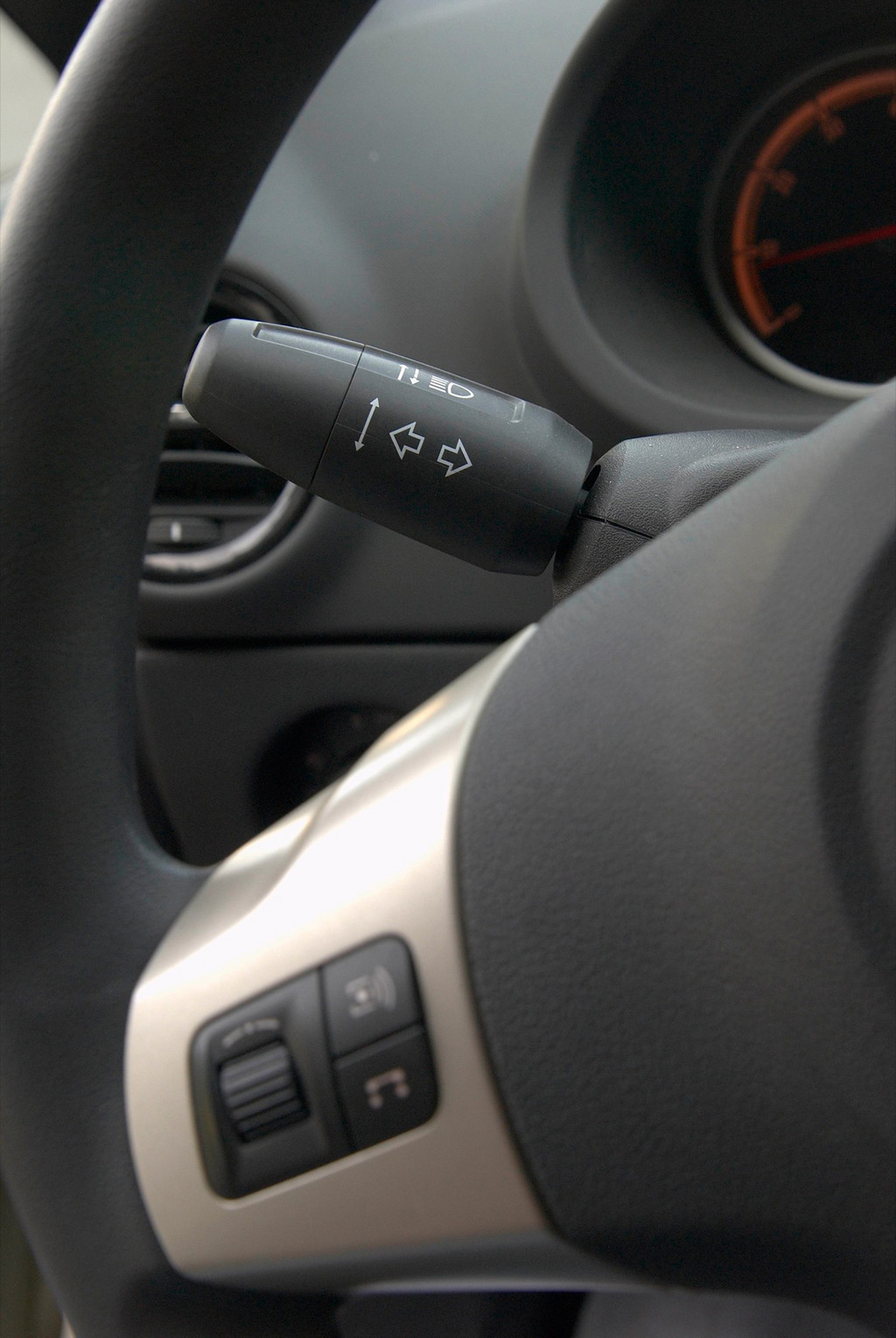 Снимки: Opel Corsa D