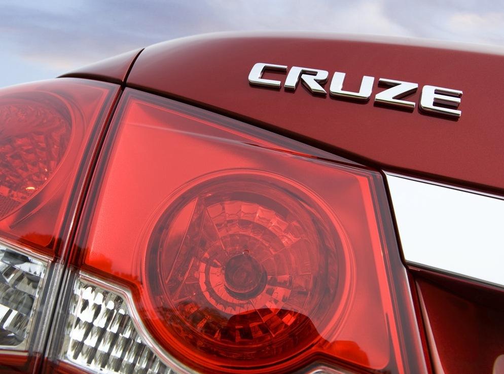 Снимки: Chevrolet Cruze