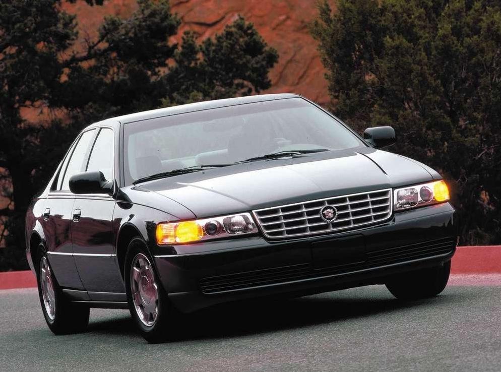 Снимки: Cadillac Seville II