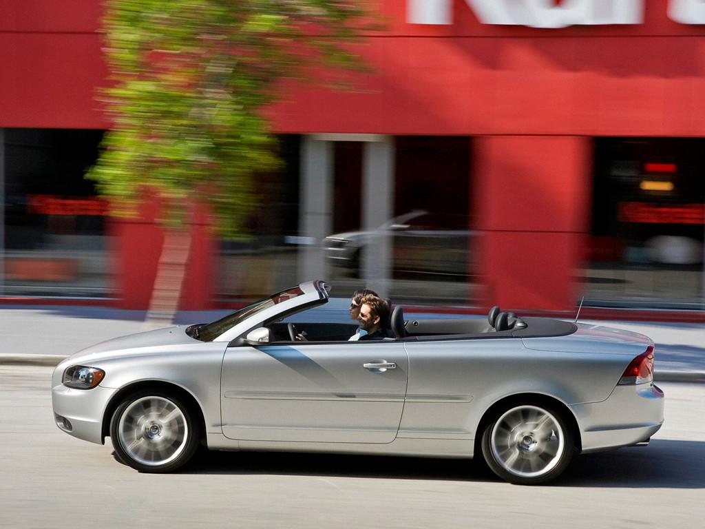 Снимки: Volvo C70 Coupe Cabrio II