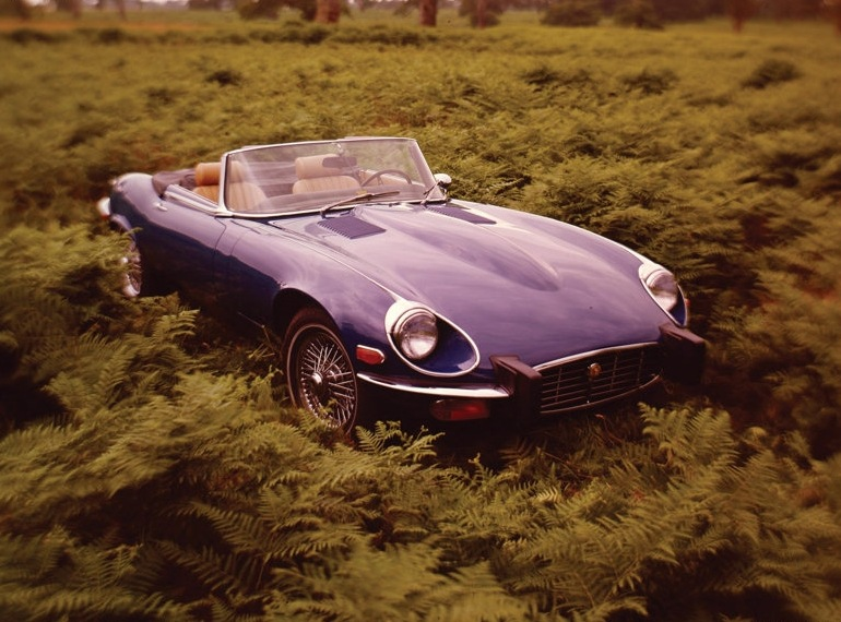 Снимки: Jaguar E-type 2+2