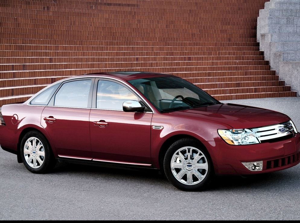 Снимки: Ford Five Hundred