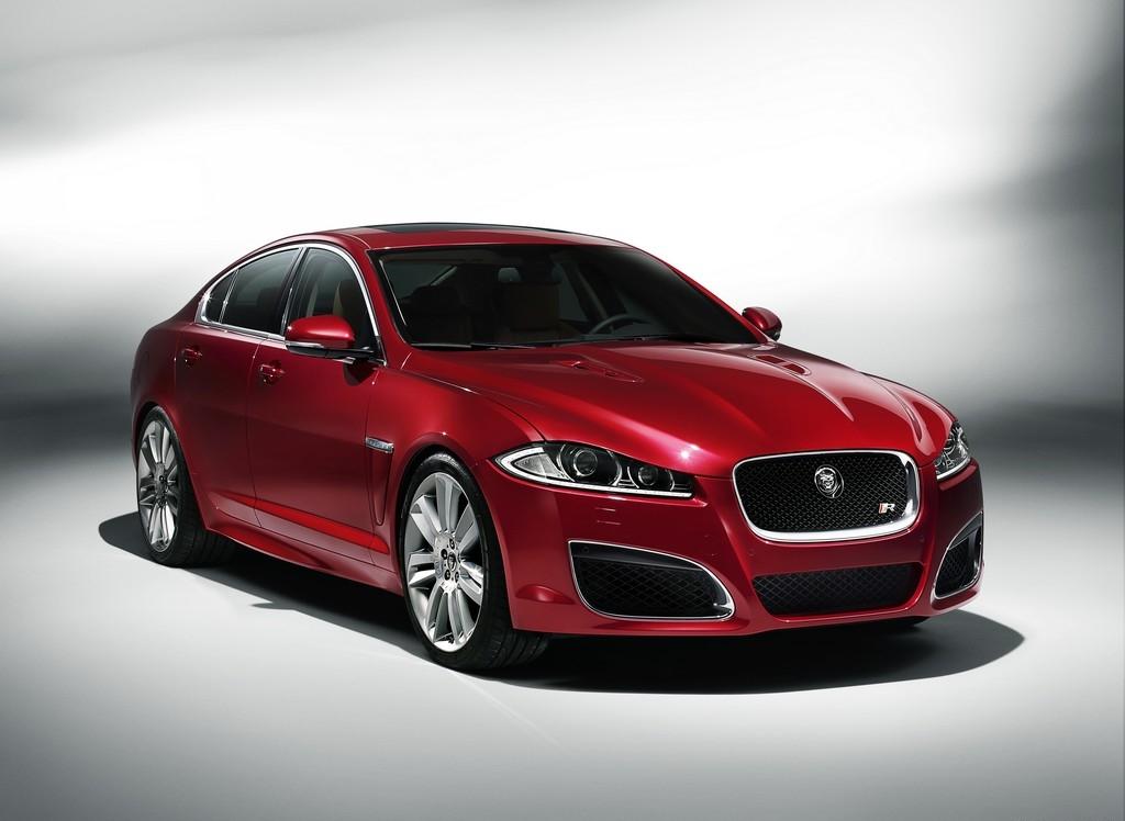 Снимки: Jaguar XFR
