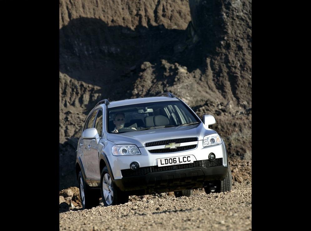 Снимки: Chevrolet Captiva