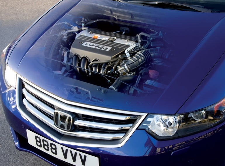 Снимки: Honda Accord 8 Wagon