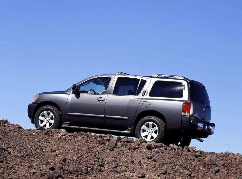 Снимки: Nissan Armada