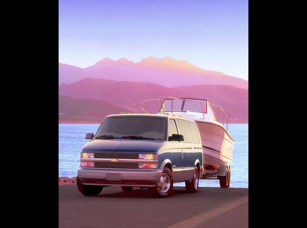 Снимки: Chevrolet Astro