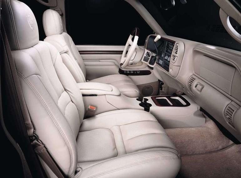 Снимки: Cadillac Escalade