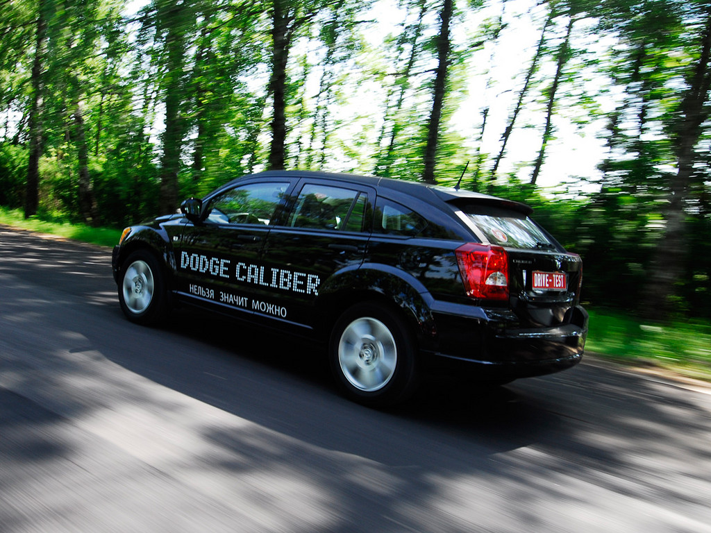 Снимки: Dodge Caliber