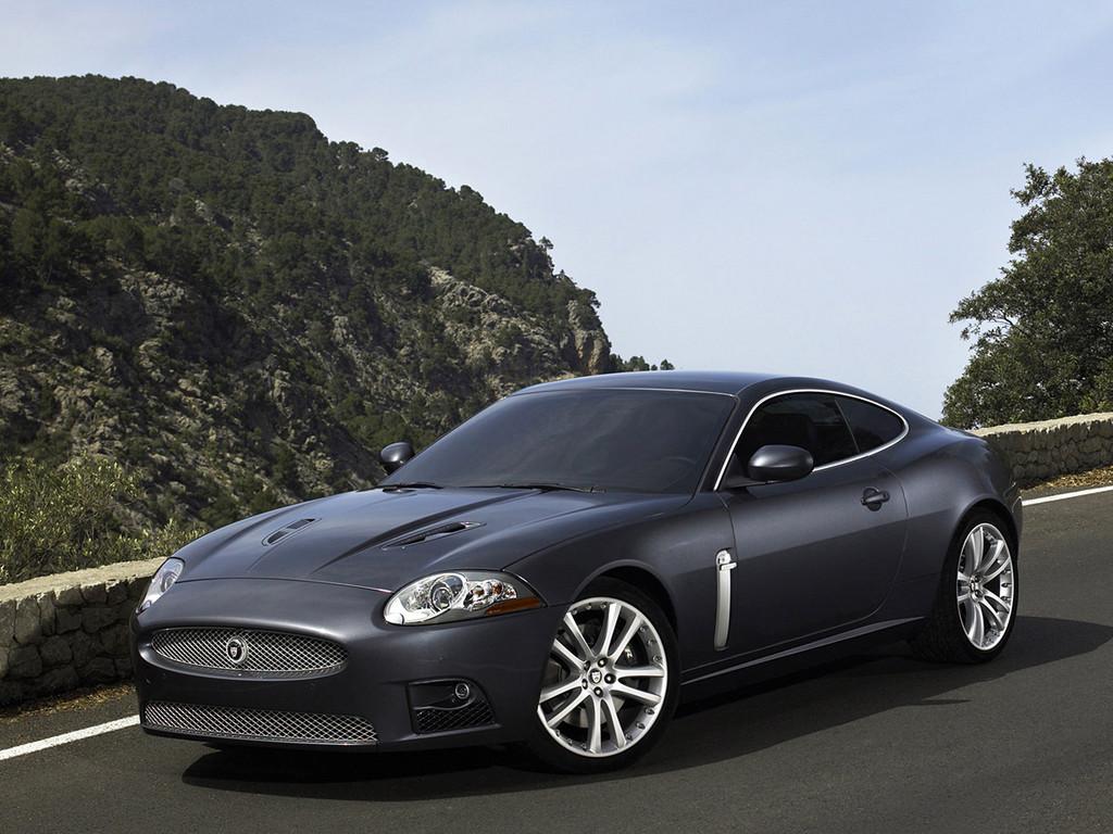 Снимки: Jaguar XK Coupe II