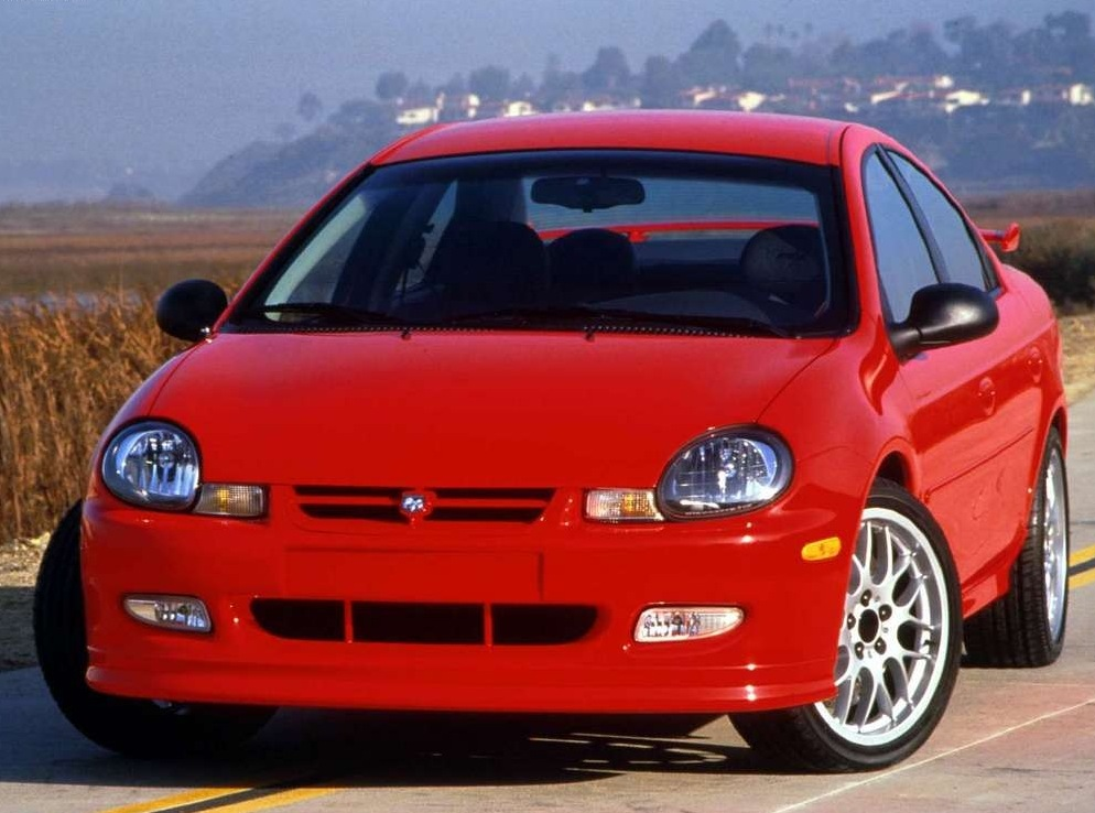 Снимки: Dodge Neon Coupe