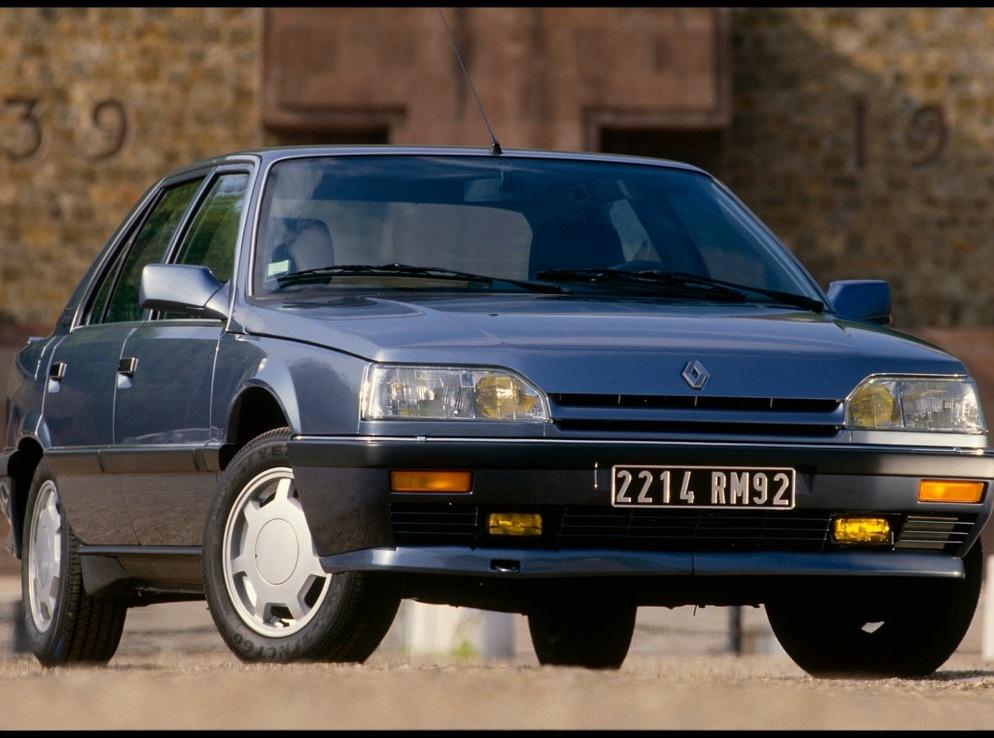 Снимки: Renault 25 (B29)