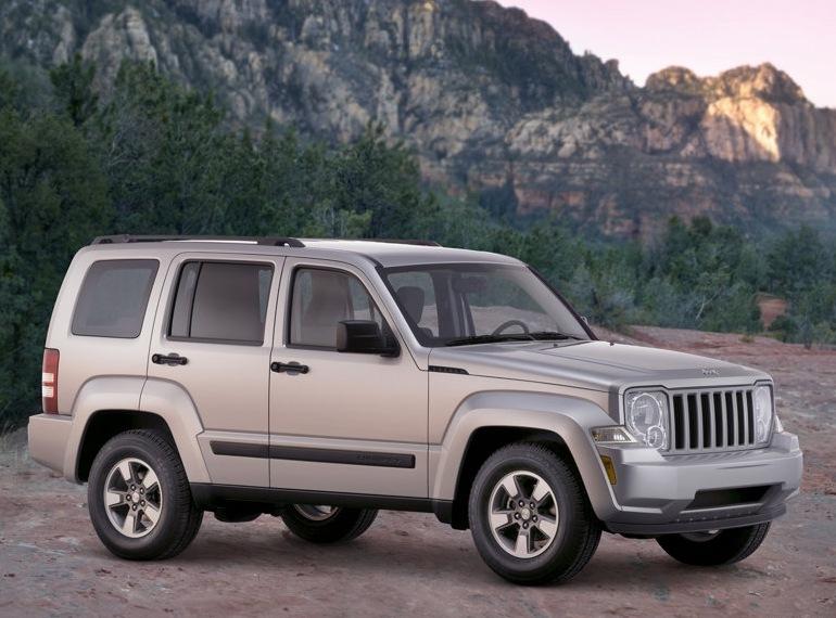 Снимки: Jeep Liberty II Sport