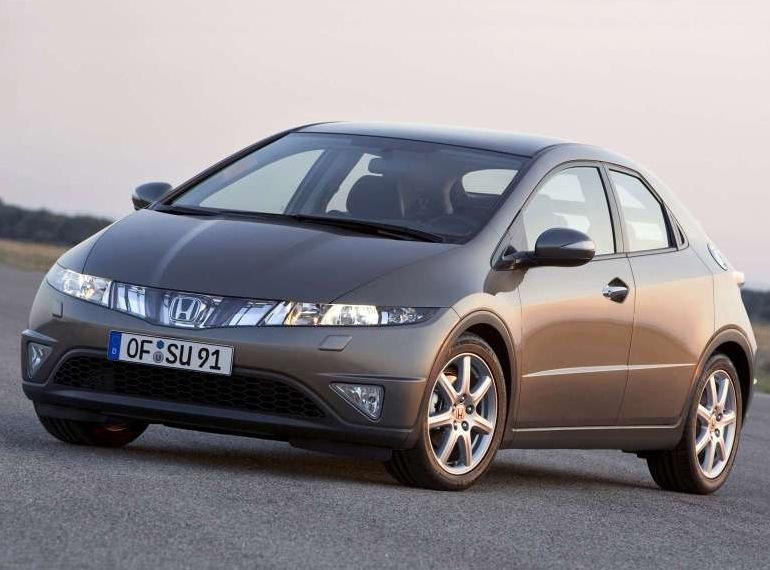 Снимки: Honda Civic Hatchback 8