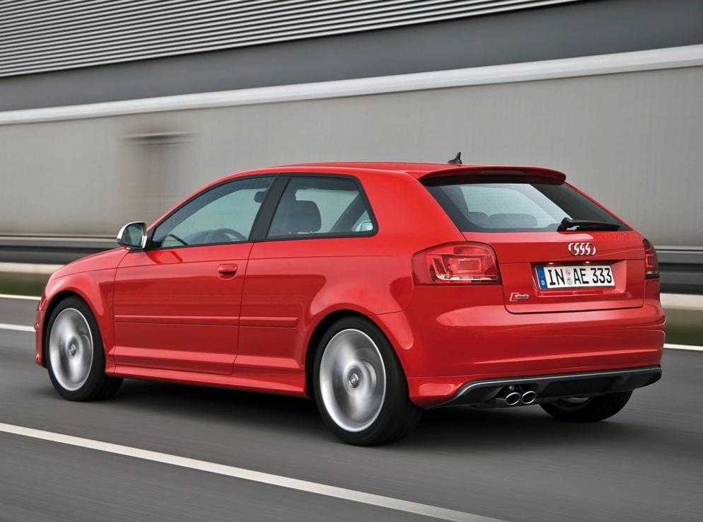 Снимки: Audi S3 (8P)