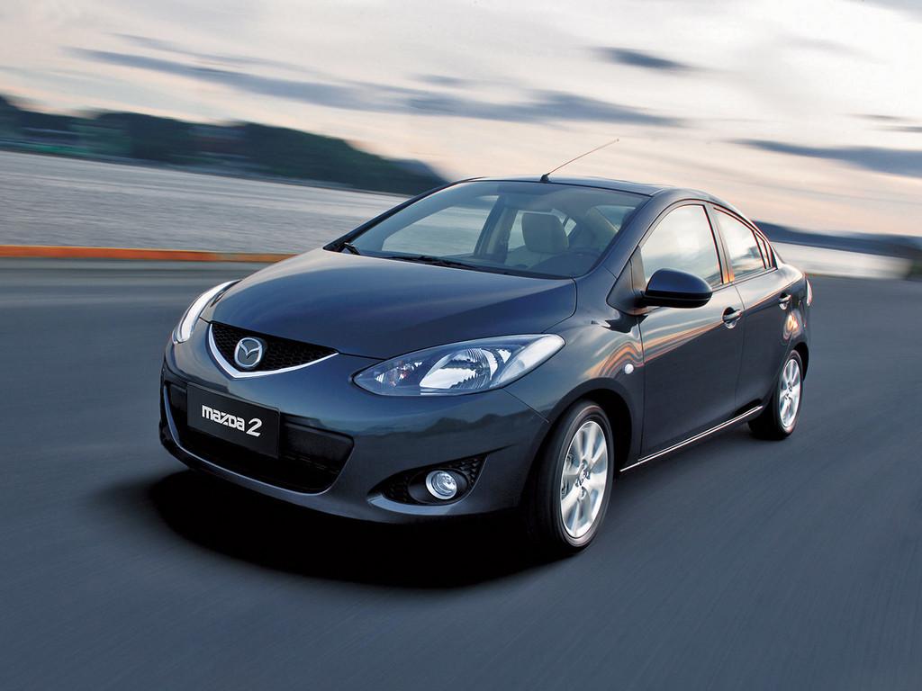 Снимки: Mazda Mazda 2 - 2007