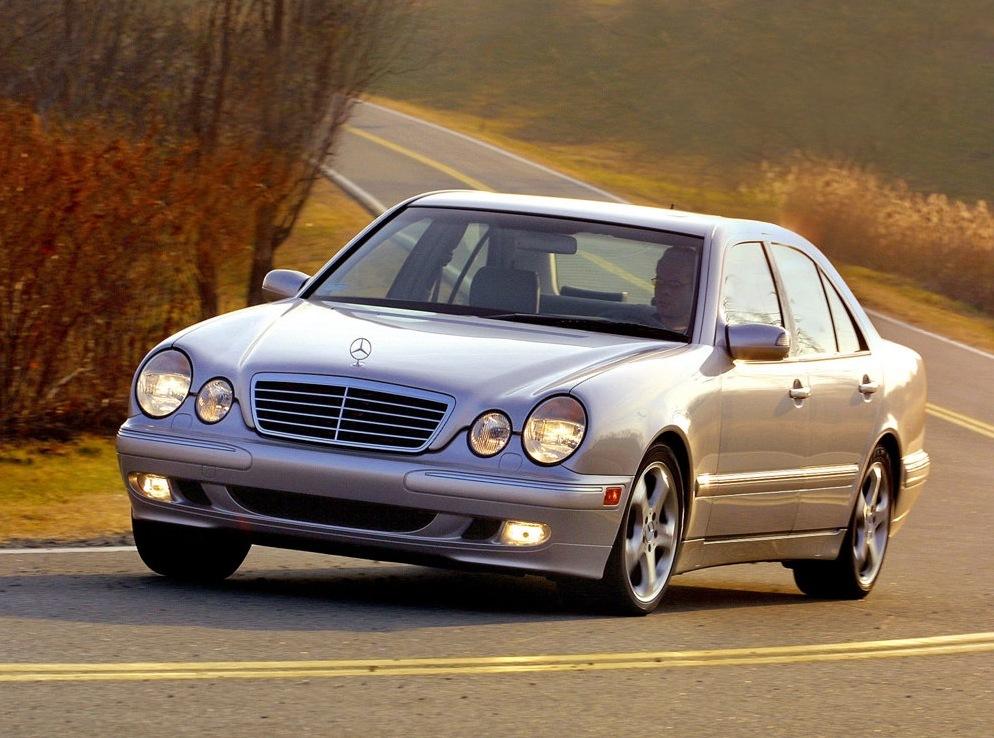 ������: Mercedes-benz E-klasse (W210)