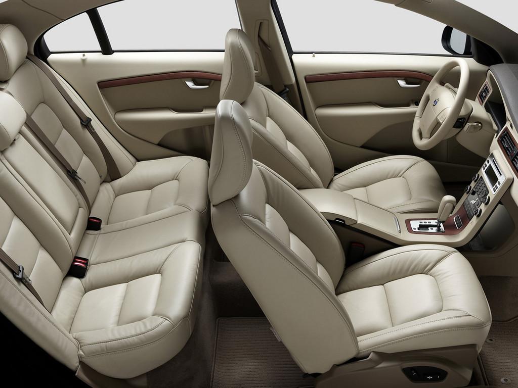 Снимки: Volvo S80 Limousine