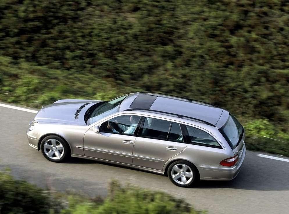 Снимки: Mercedes-benz E-klasse T-mod. (S211)