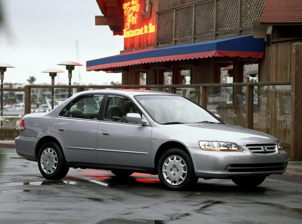Снимки: Honda Accord 5 (CC7)