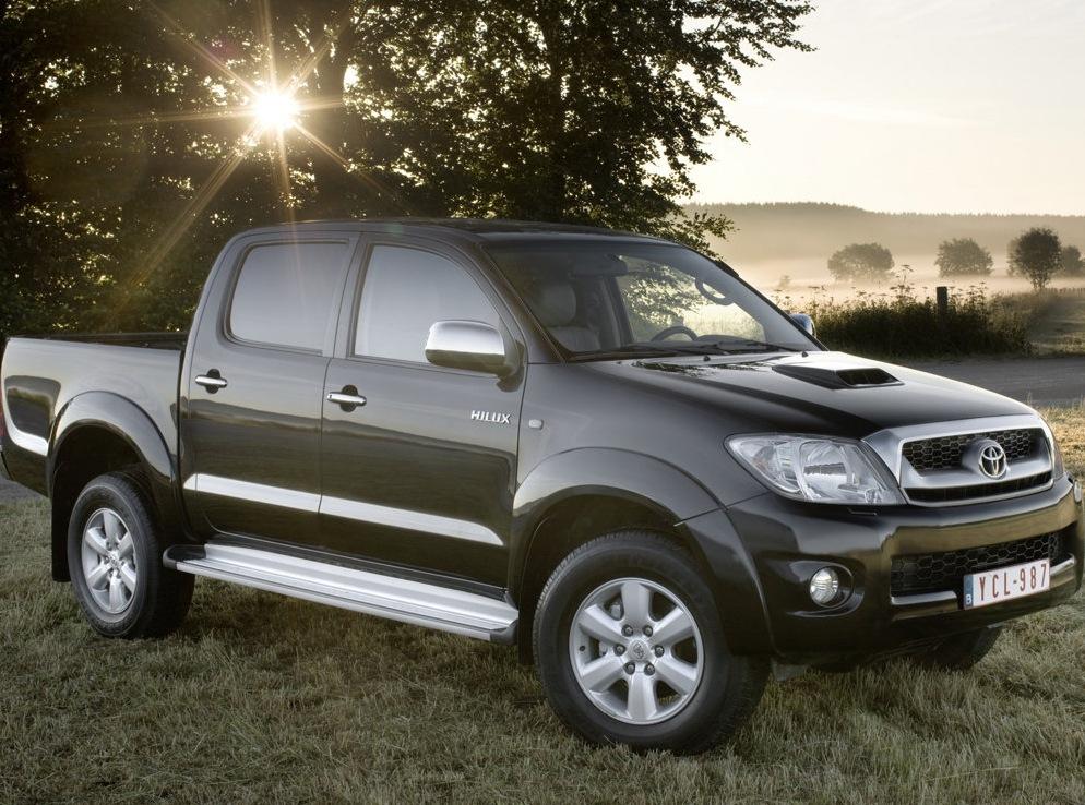Снимки: Toyota Hilux Pick Up