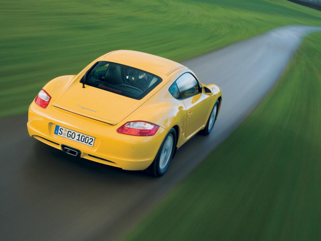 Снимки: Porsche Cayman