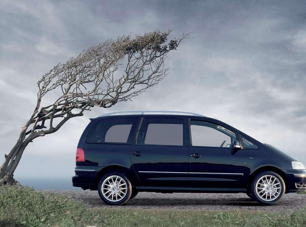 Снимки: Volkswagen Sharan (7M)