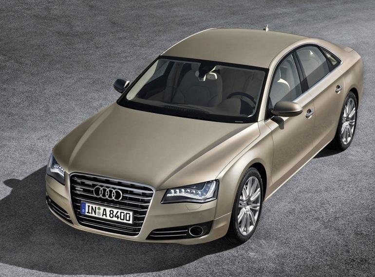 Снимки: Audi A8 (D4 4H)