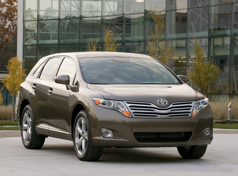 Снимки: Toyota Venza