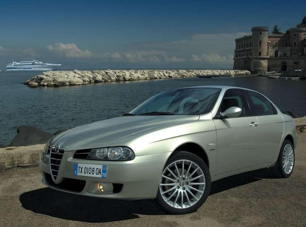 Снимки: Alfa romeo 156 II