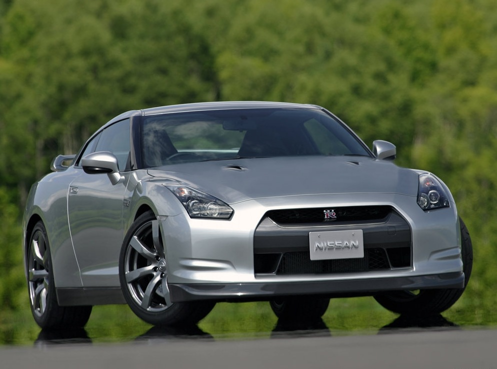 Снимки: Nissan GT-R