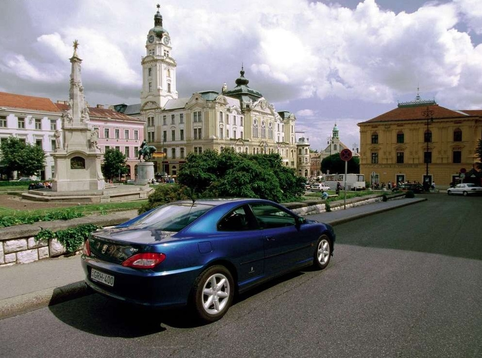 Снимки: Peugeot 406 Coupe (8)