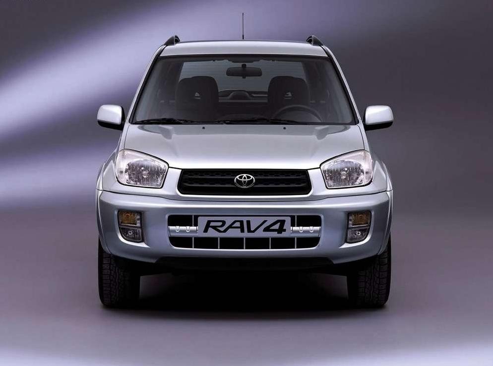 Снимки: Toyota RAV 4 II