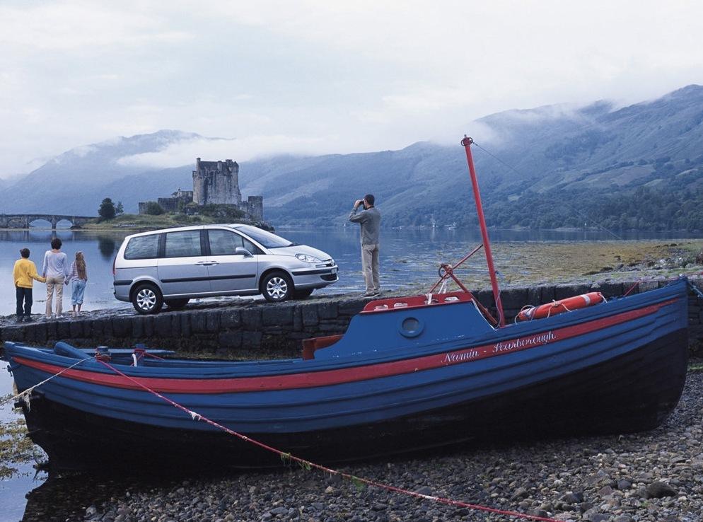 Снимки: Peugeot 807