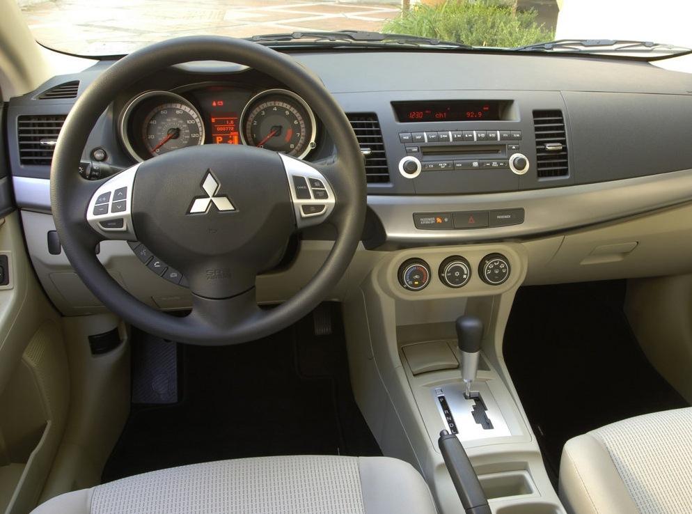 Снимки: Mitsubishi Lancer X