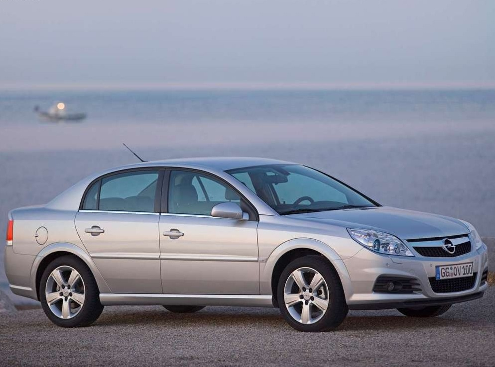Снимки: Opel Vectra C