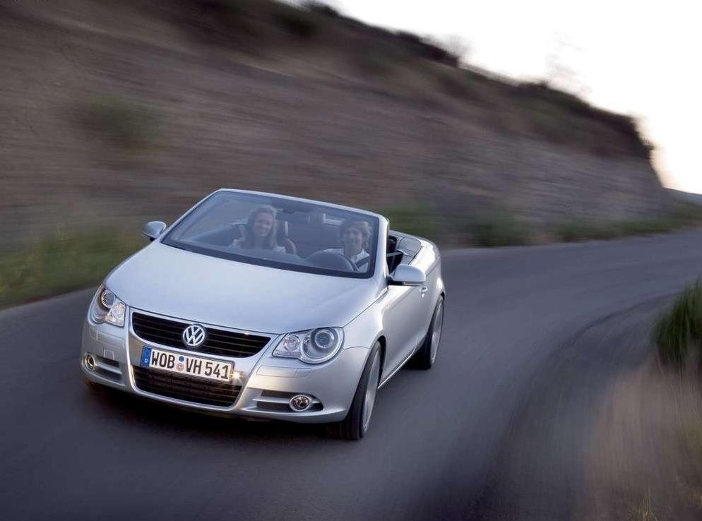 Снимки: Volkswagen Eos