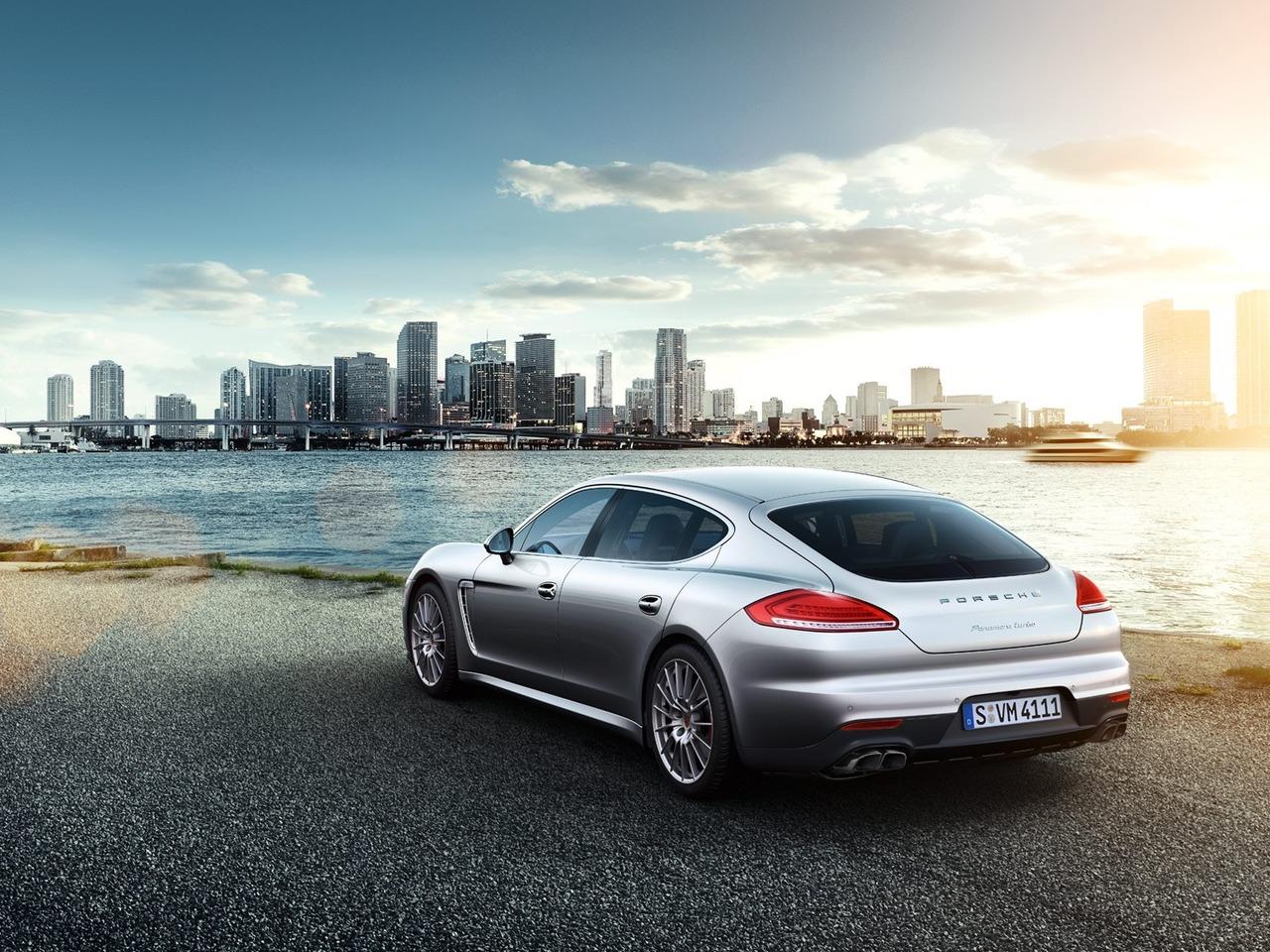 Снимки: Porsche Panamera Facelift