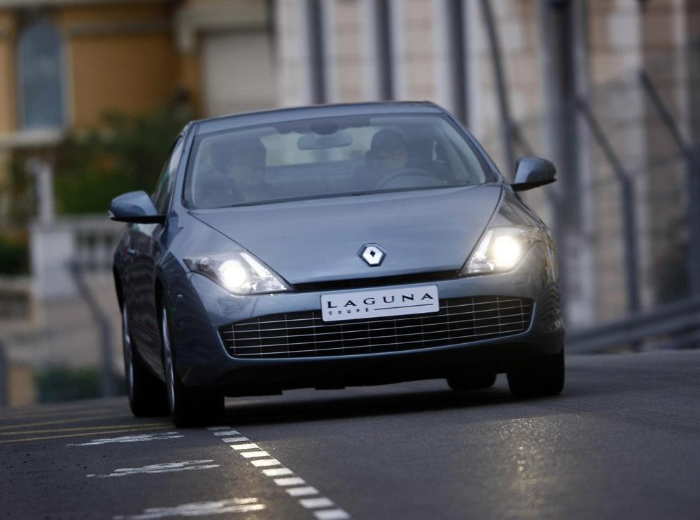 Снимки: Renault Laguna Coupe