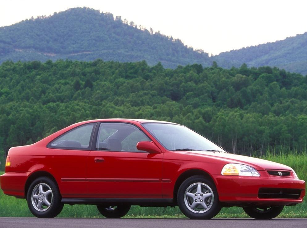 Снимки: Honda Civic Coupe 6