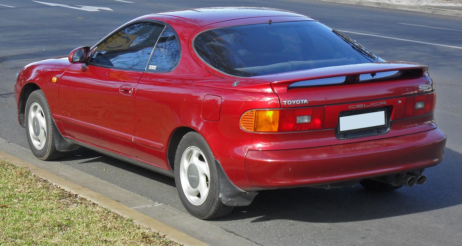 Снимки: Toyota Celica (T18)