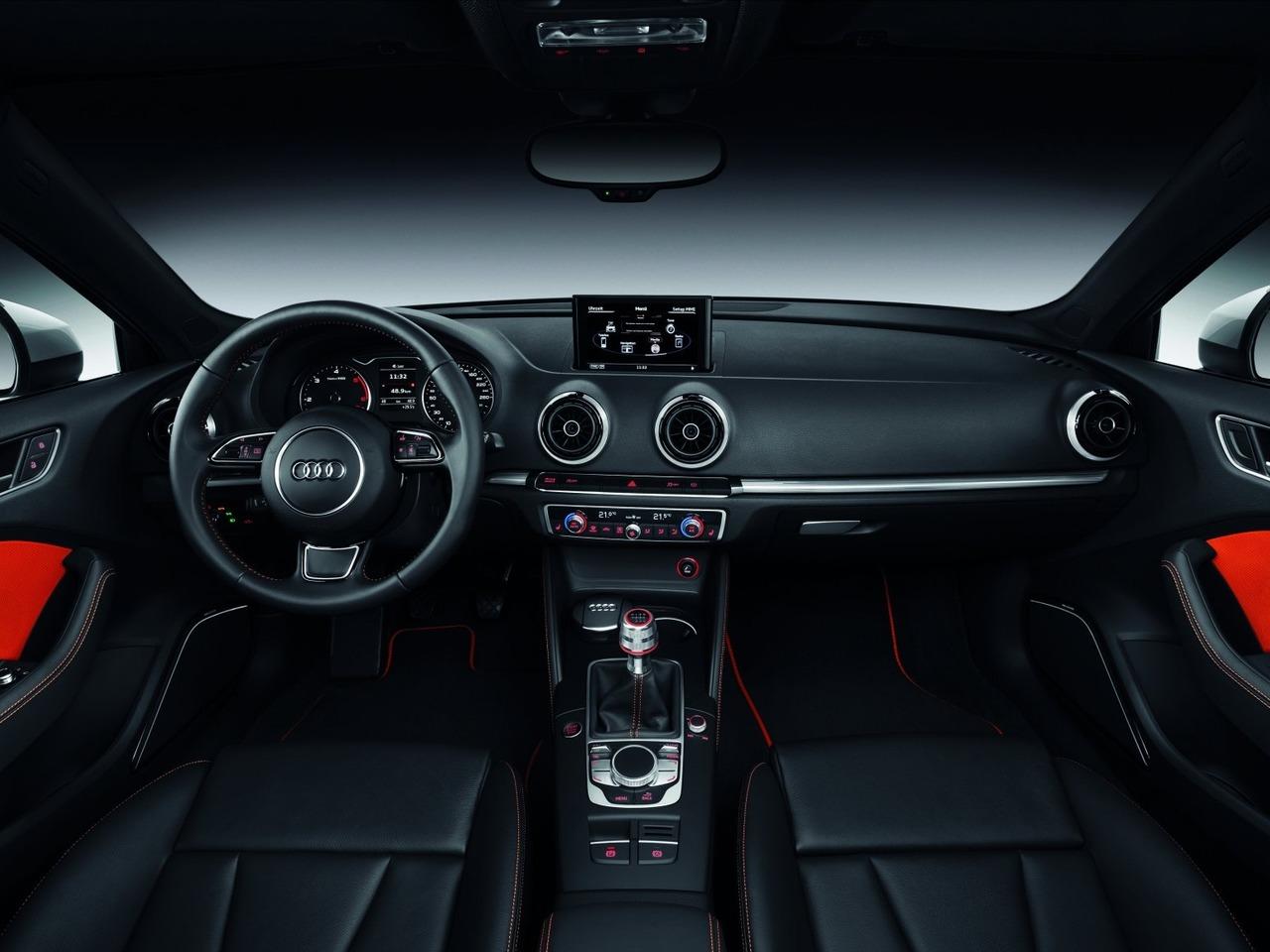 Снимки: Audi A3 (8V) 2012