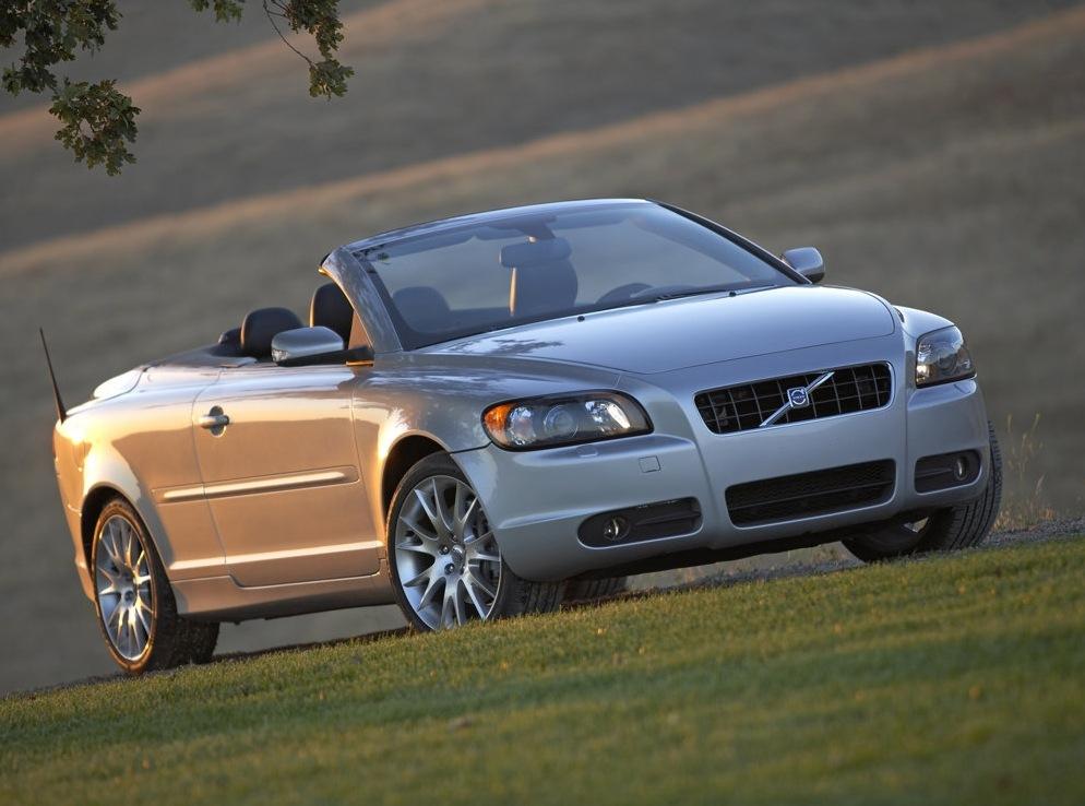 Снимки: Volvo C70 Coupe