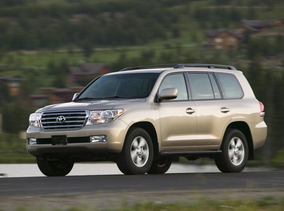 Снимки: Toyota Land Cruiser 200
