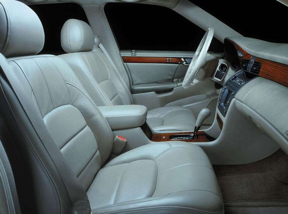 Снимки: Cadillac DE Ville (EL12)